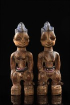 Pair of twin figures &quot;ere ibeji&quot;, Nigeria, Yoruba