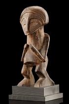 """Standing figure """"biteki koshi"""", D. R. Congo, Suku"""