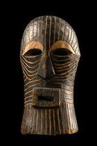 "Miniature mask ""kifwebe"", D. R. Congo, Songe"