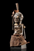 "Small magical figure ""nkisi"", D. R. Congo, Songe"