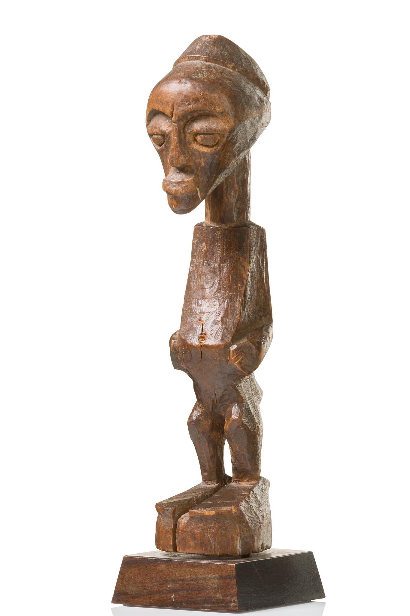 "Standing power figure ""nkisi"", before 1910"