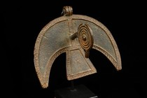 Pendant in shape of a stylized bird, Burkina Faso, Nuna
