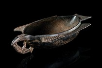 Food bowl in shape of a bird, Papua New Guinea - Huon Gulf, Tami Islands
