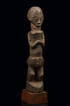 Standing male figure, D. R. Congo, Suku
