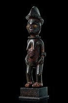 Female power figure, Gabon, Lumbo