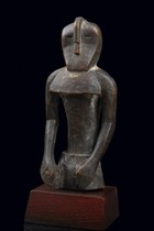 "Small power figure ""nkisi"", D. R. Congo, Songe"