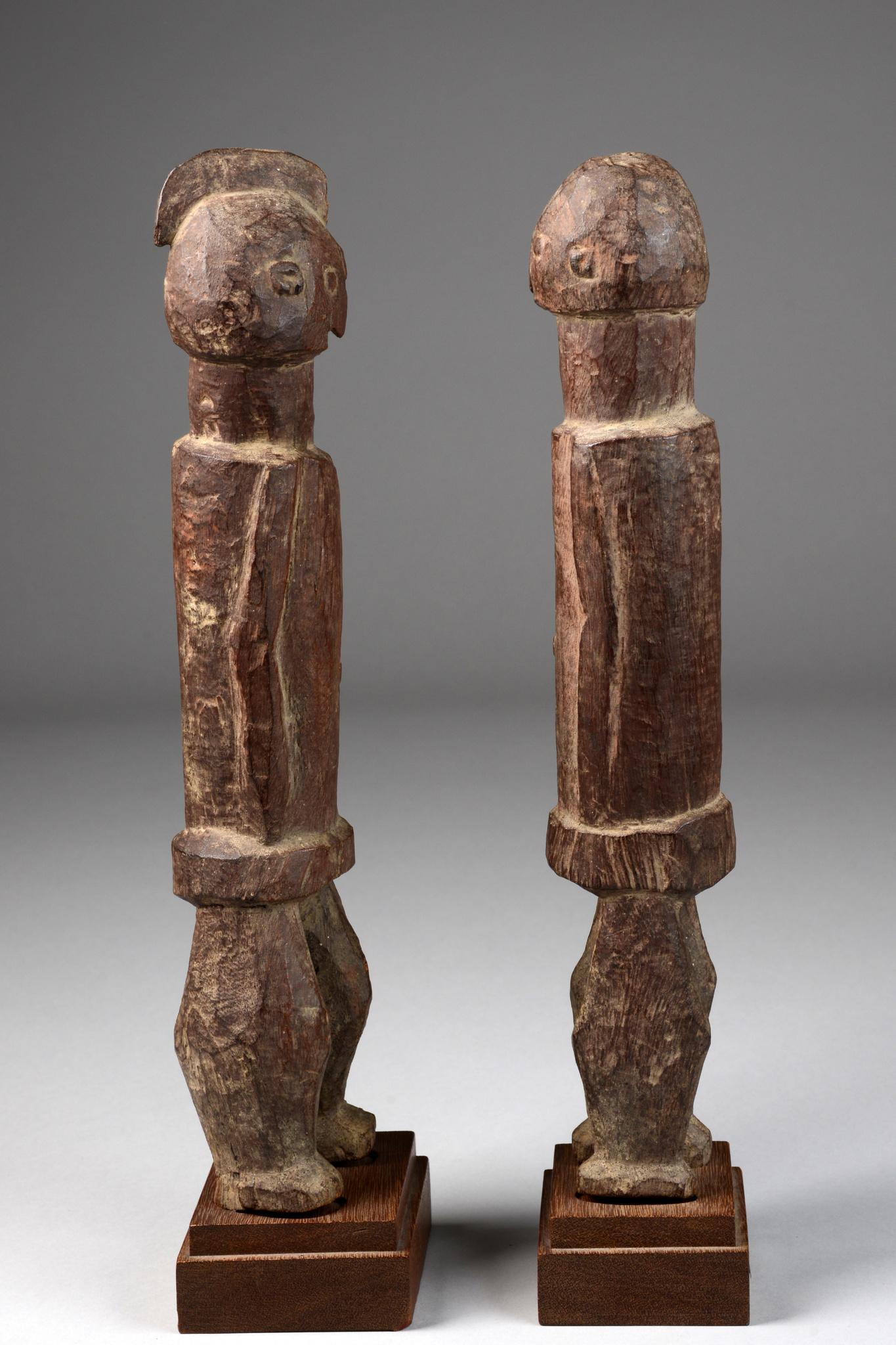 Standing pair of figures