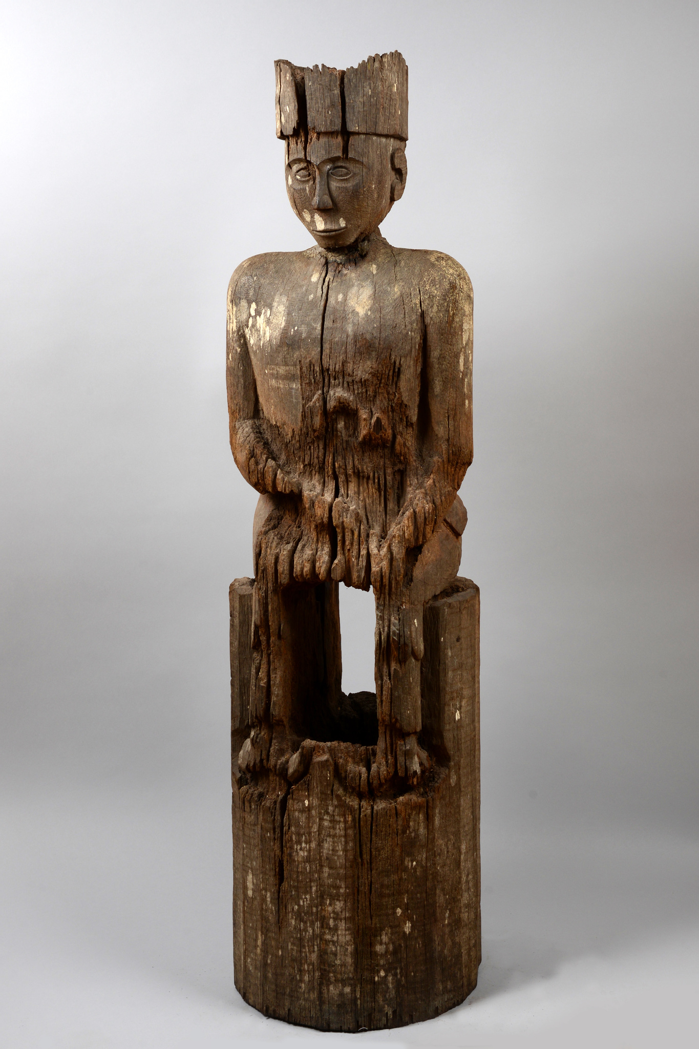 "Seated figure ""hampatong"""