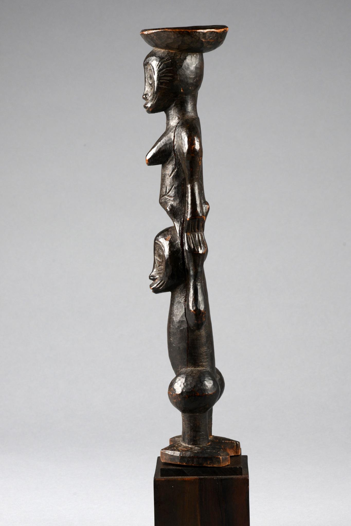 Sculpture figurative