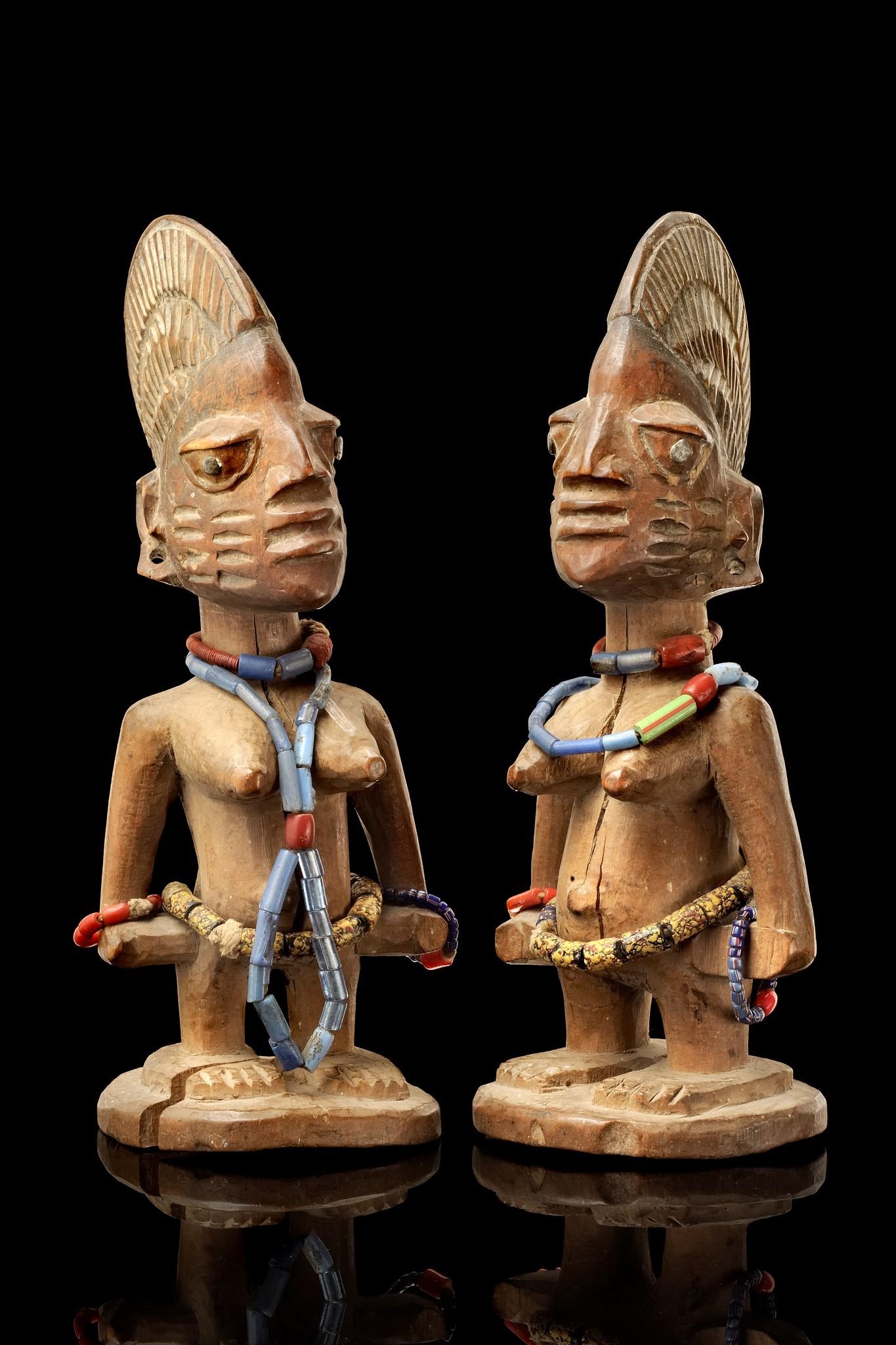 """Female pair of twin figures """"ere ibeji"""""""