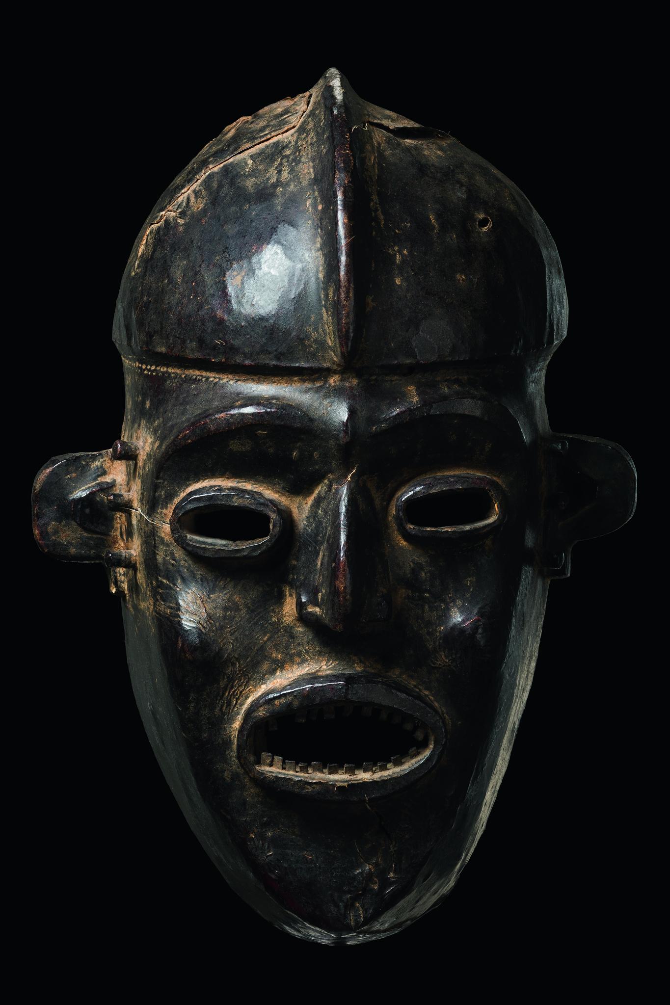"""Maske """"agwe"""""""