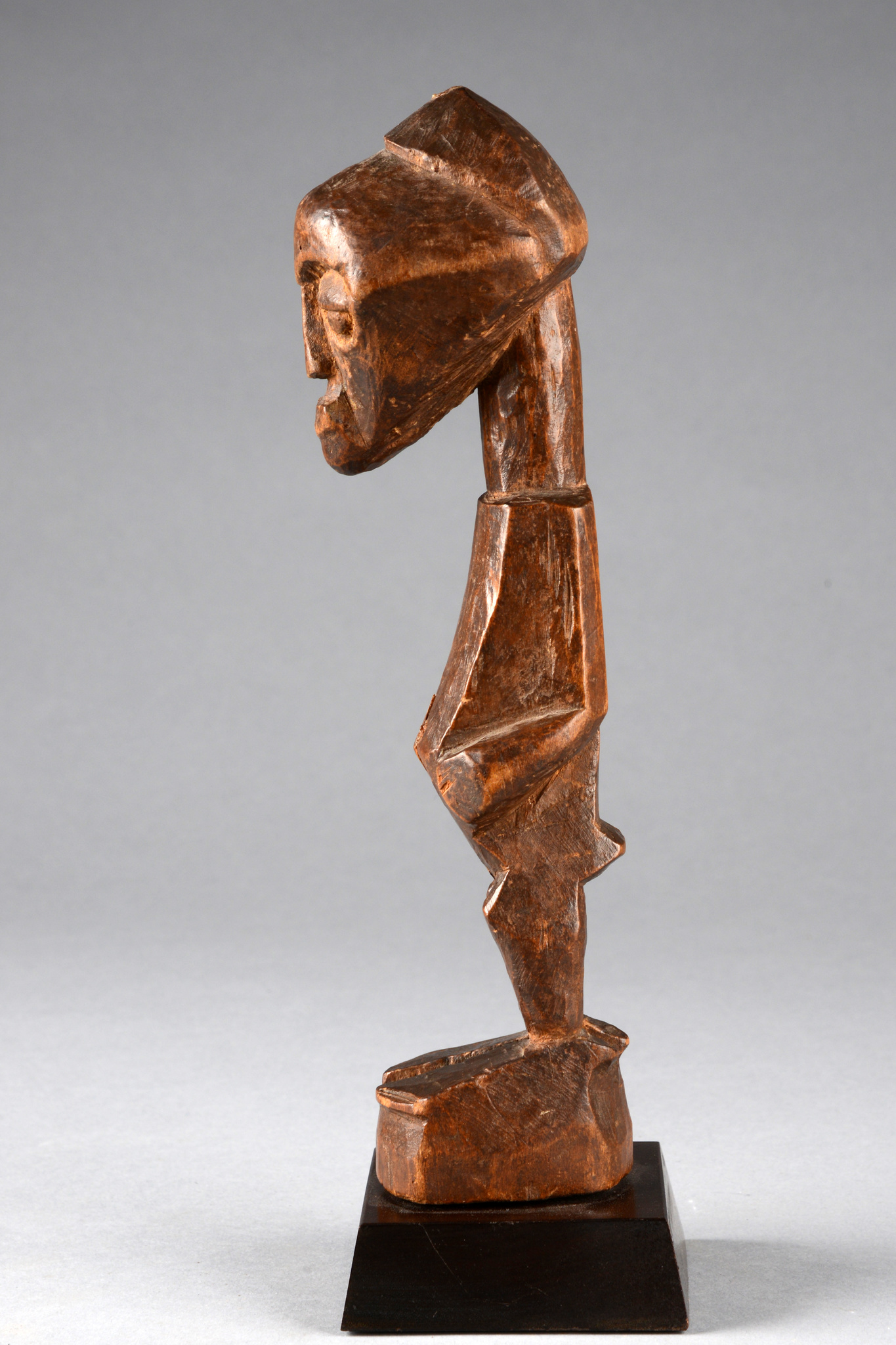 "Standing power figure ""nkisi"", before 1910"