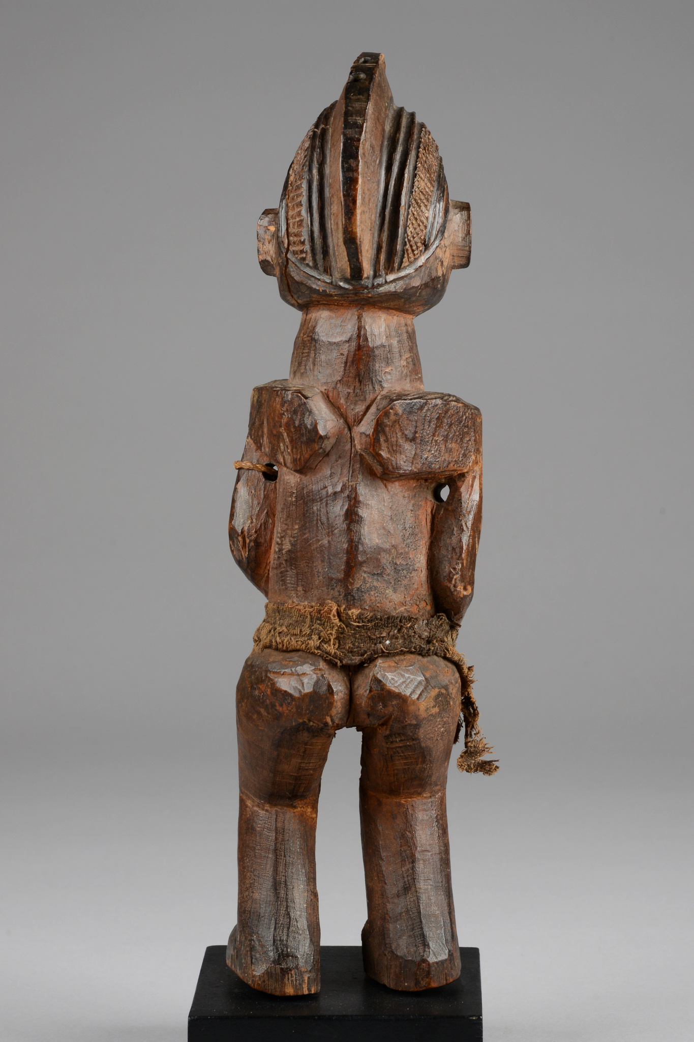 "Standing female power figure ""khosi"""