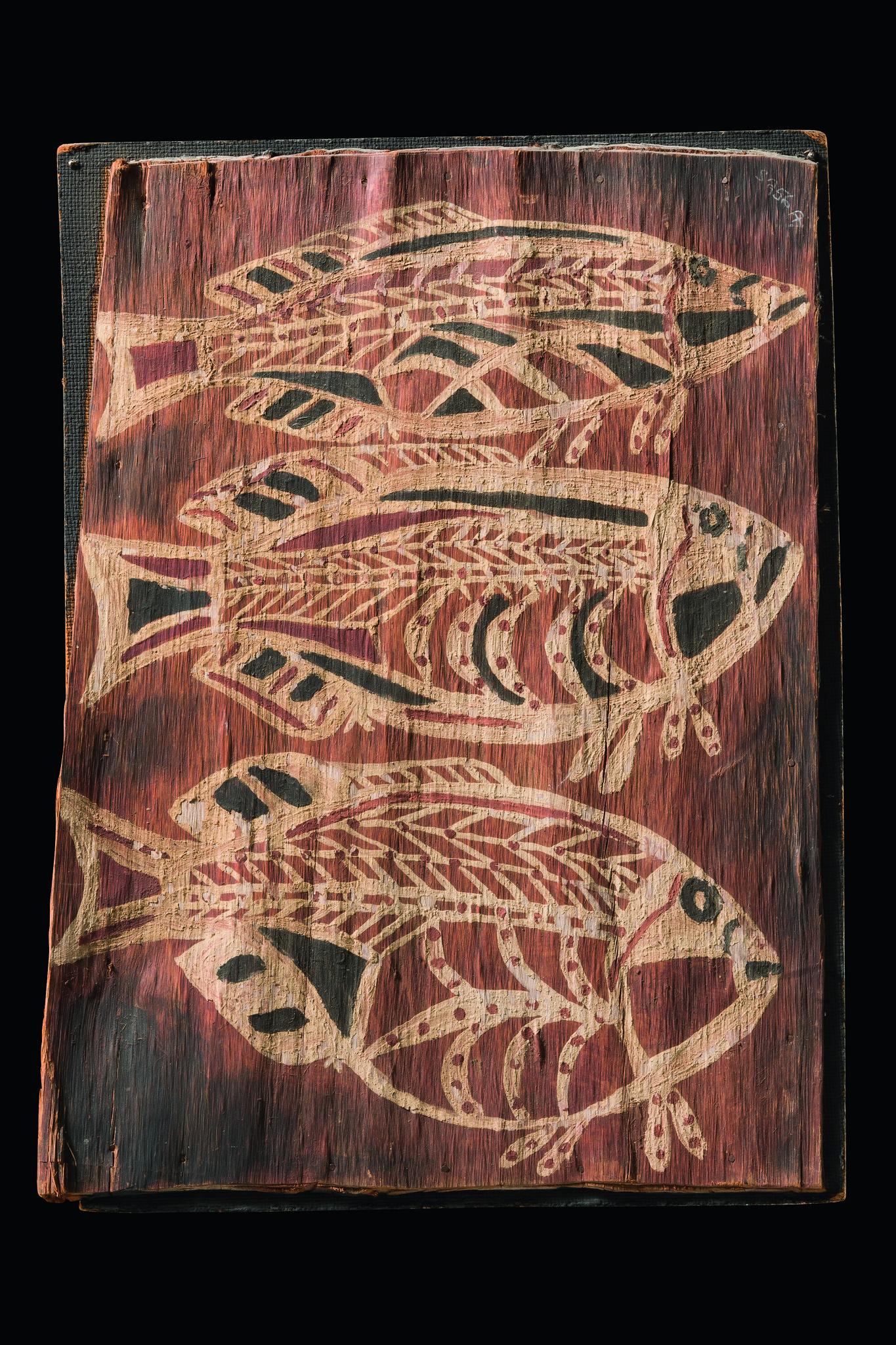 Barkpainting: Three fish