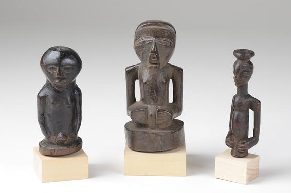 Drei Halbfiguren