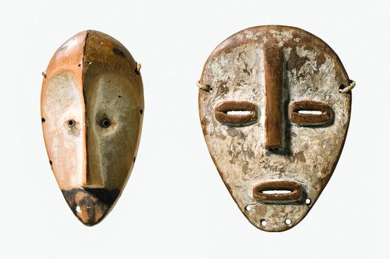 "Zwei Masken ""lukwakongo"""