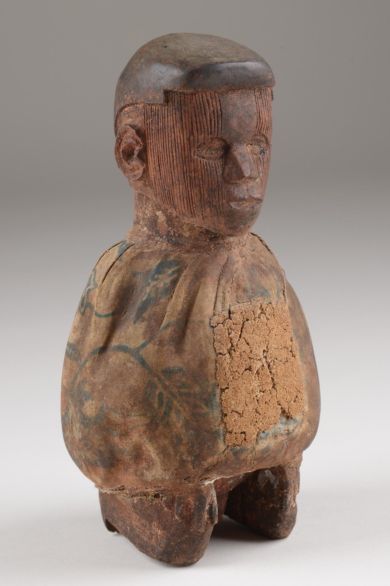 """Kniende männliche Fetischfigur """"phuungu"""""""