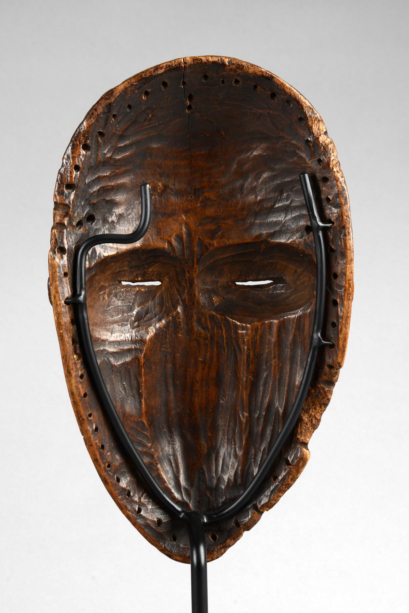 "Anthropomorphe Maske ""deangle"""