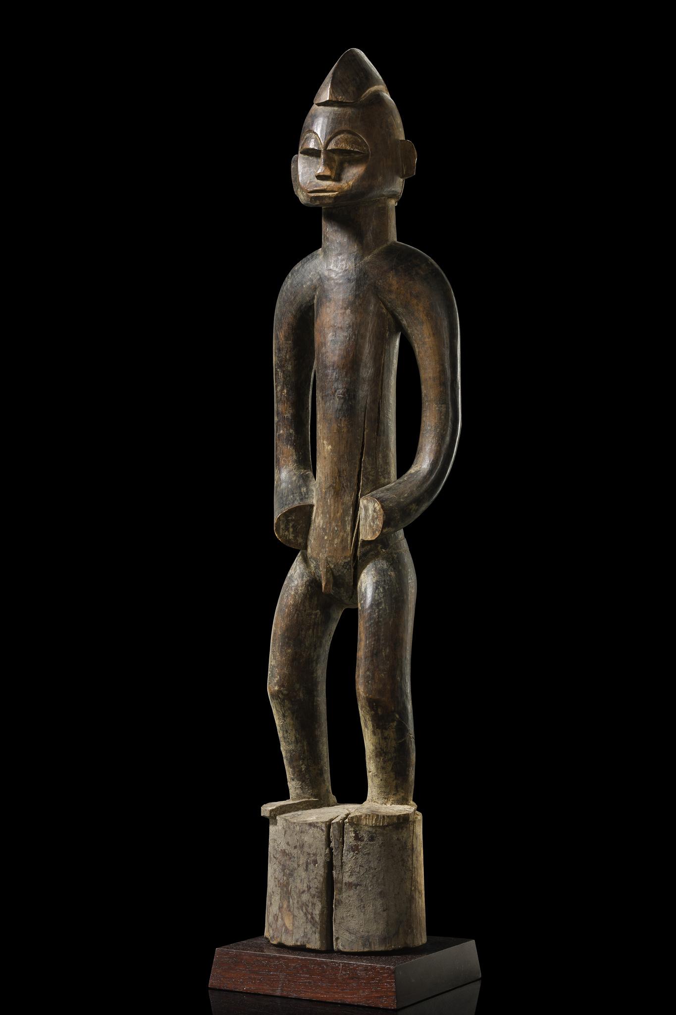 "Standing male figure ""poro piibele"" or ""doogele"""