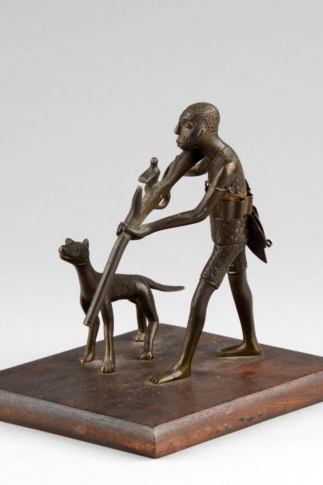 Figurengruppe: Jäger mit Hund