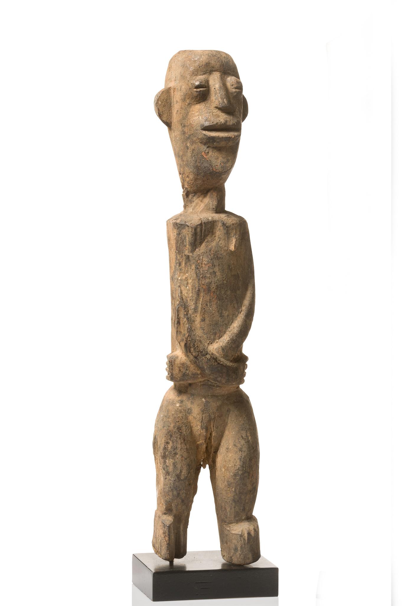 "Small standing figure ""bateba phuwe"""