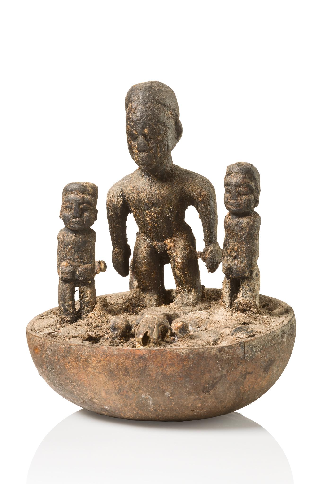 Kleiner Kalebassen-Altar