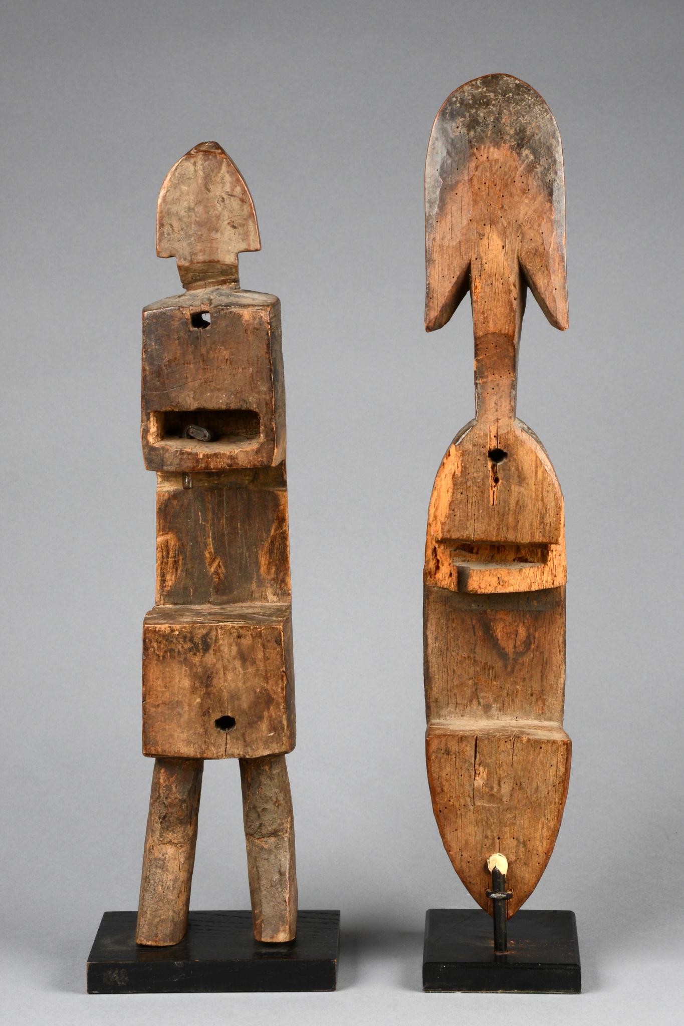 Zwei anthropomorphe Türschlösser