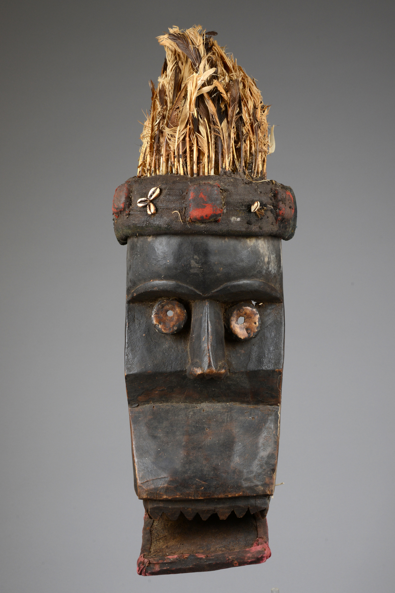 "Mask with hinged jaw ""gle va"""