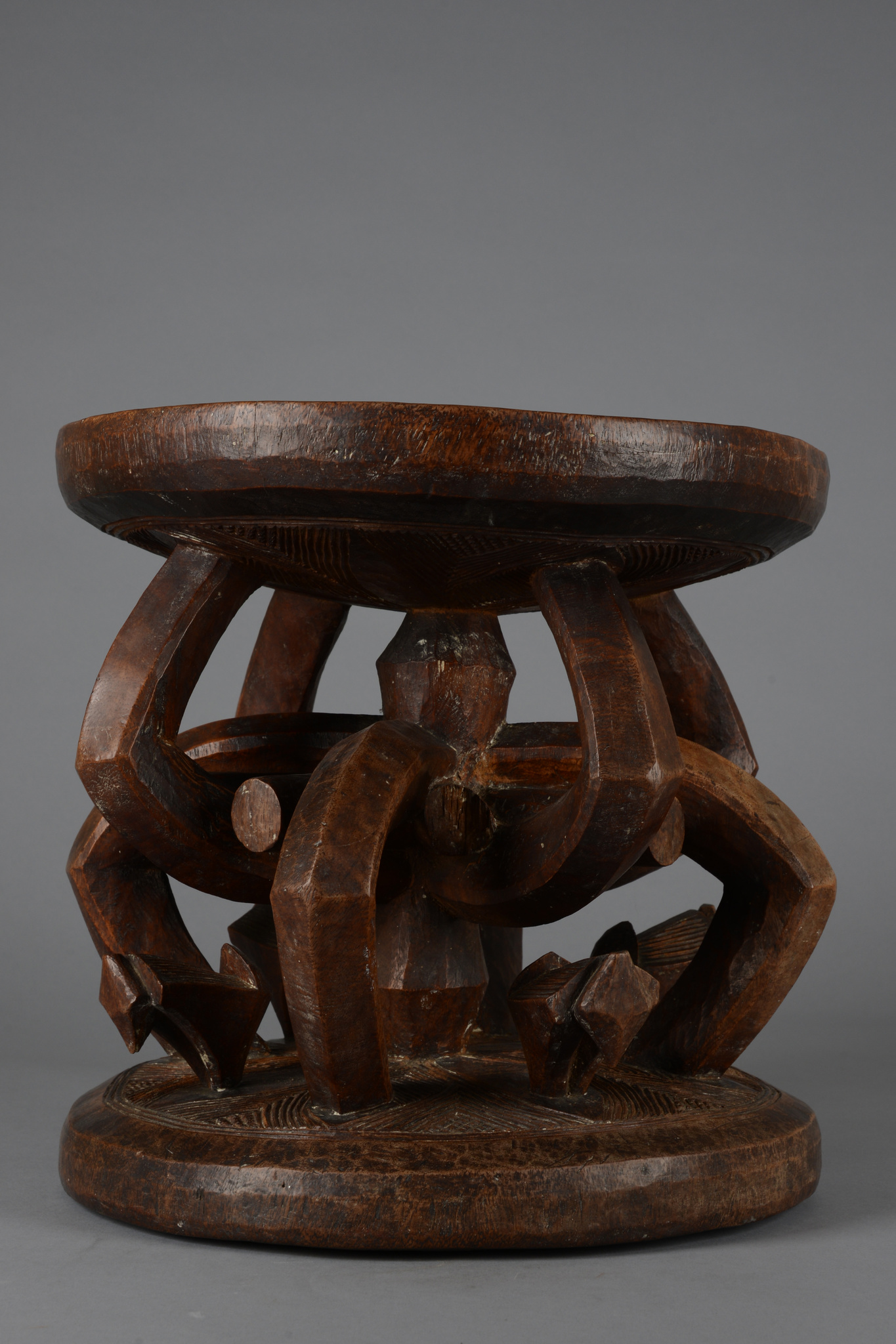 "Title stool of the ""ozo"" society"