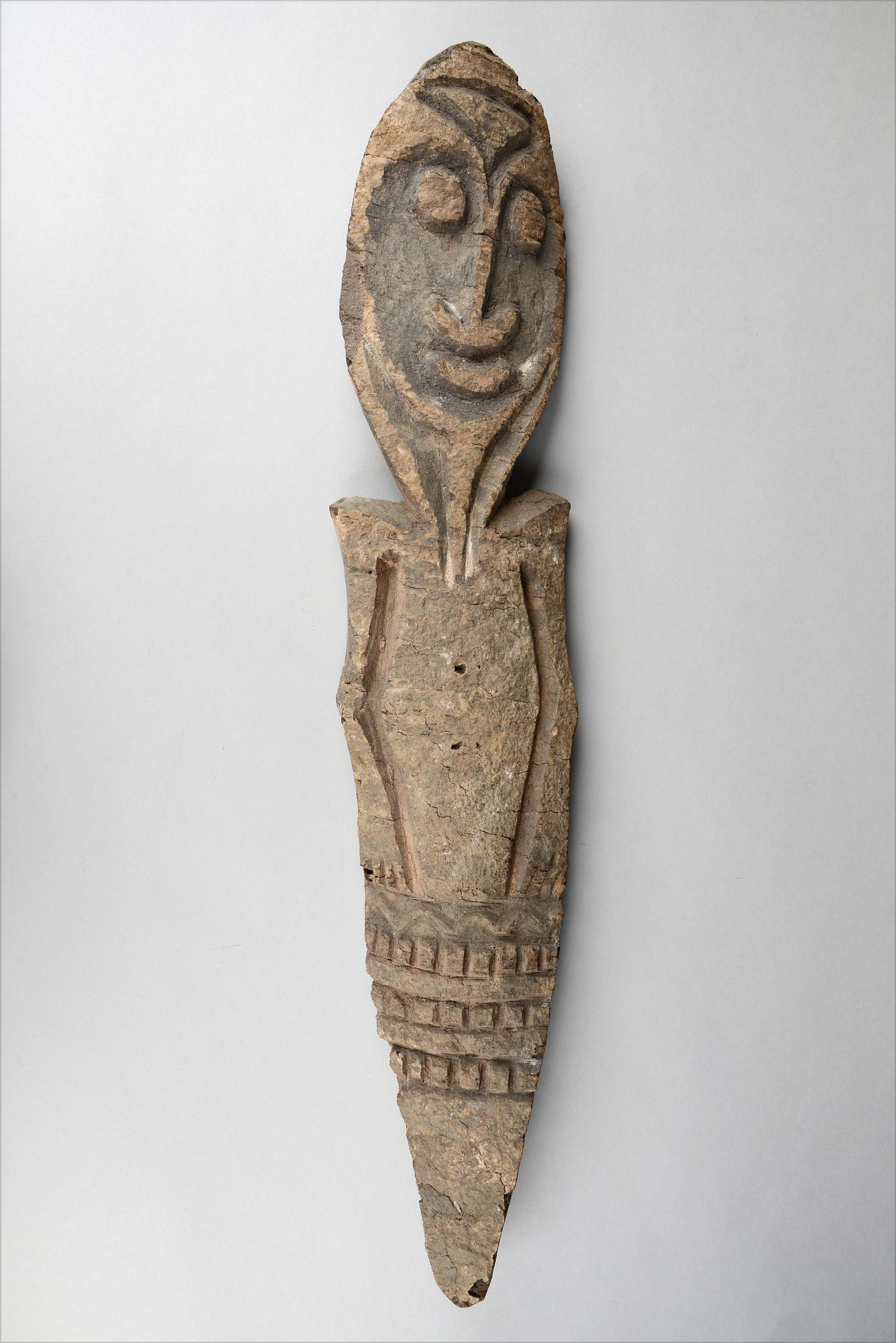 Ritual half figure