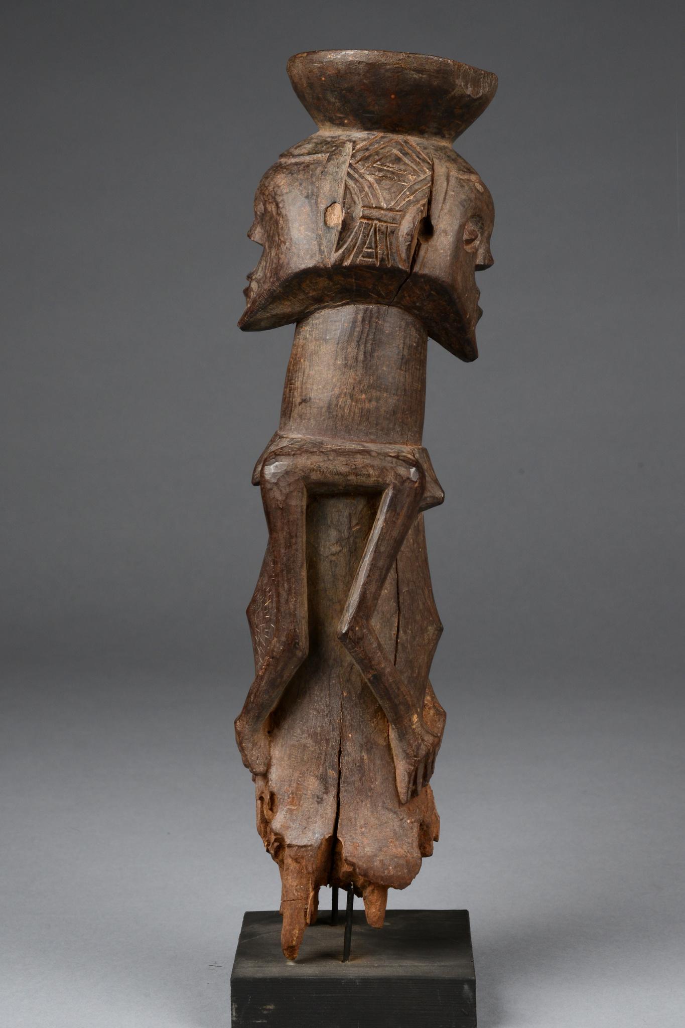 """Janus figure """"kabeja"""""""