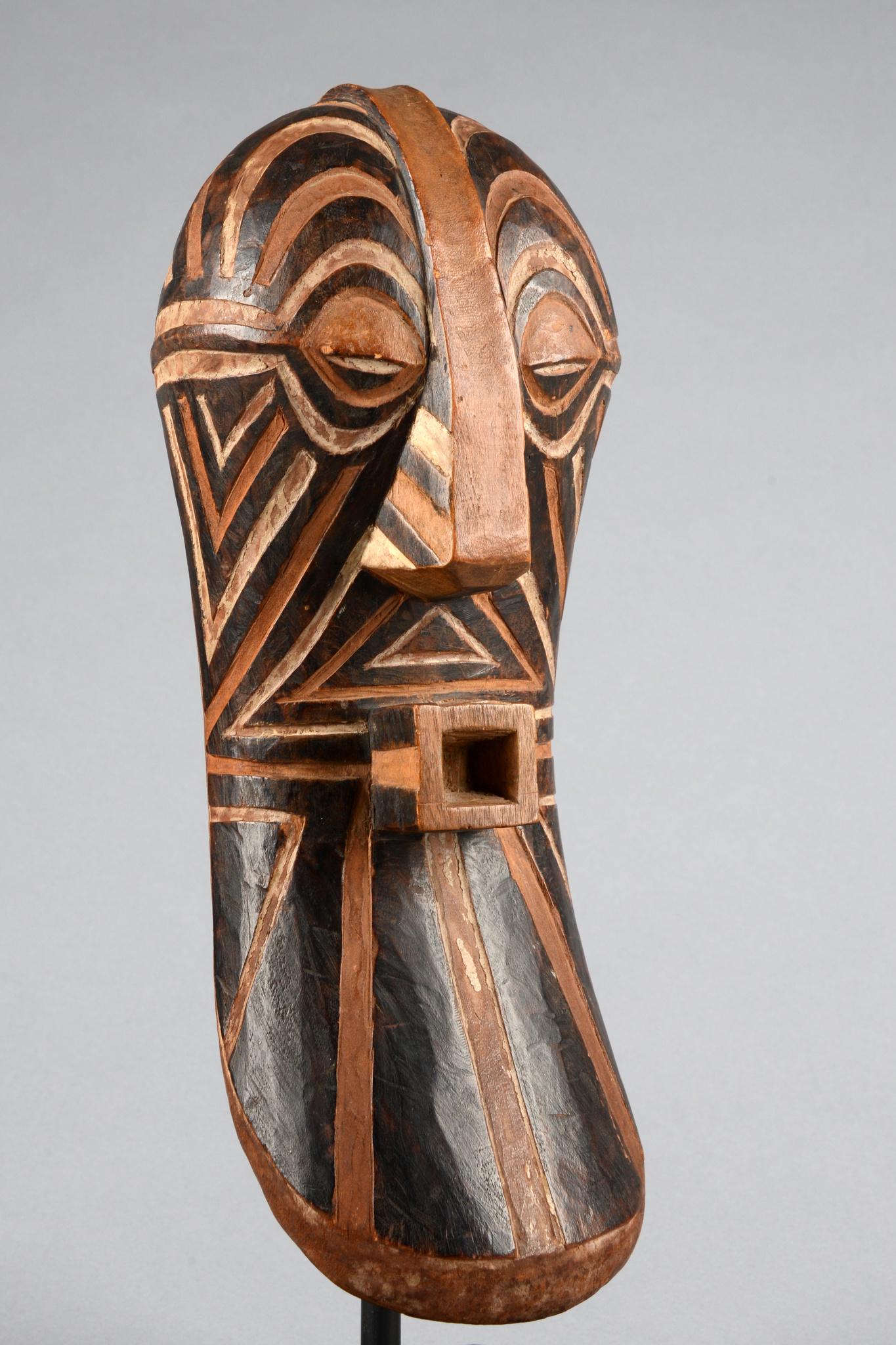 "Male maskette of the ""bwadi bwa kifwebe"" society"