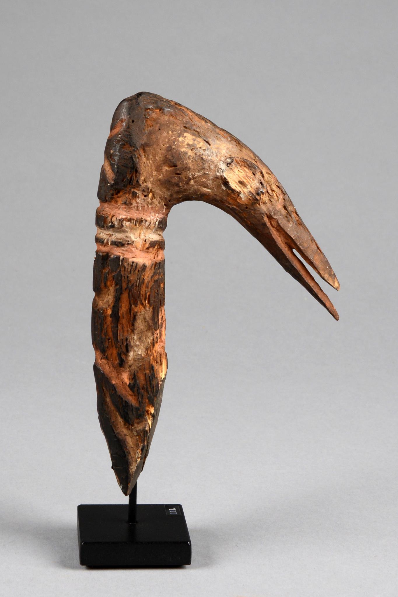 Vogelkopf-Ornament, frühes 20. Jahrhundert