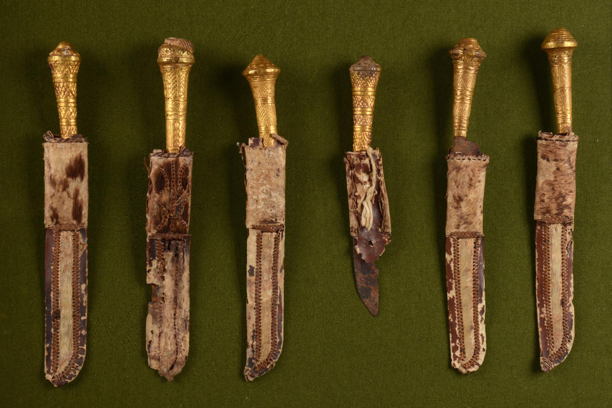 Sechs Messer