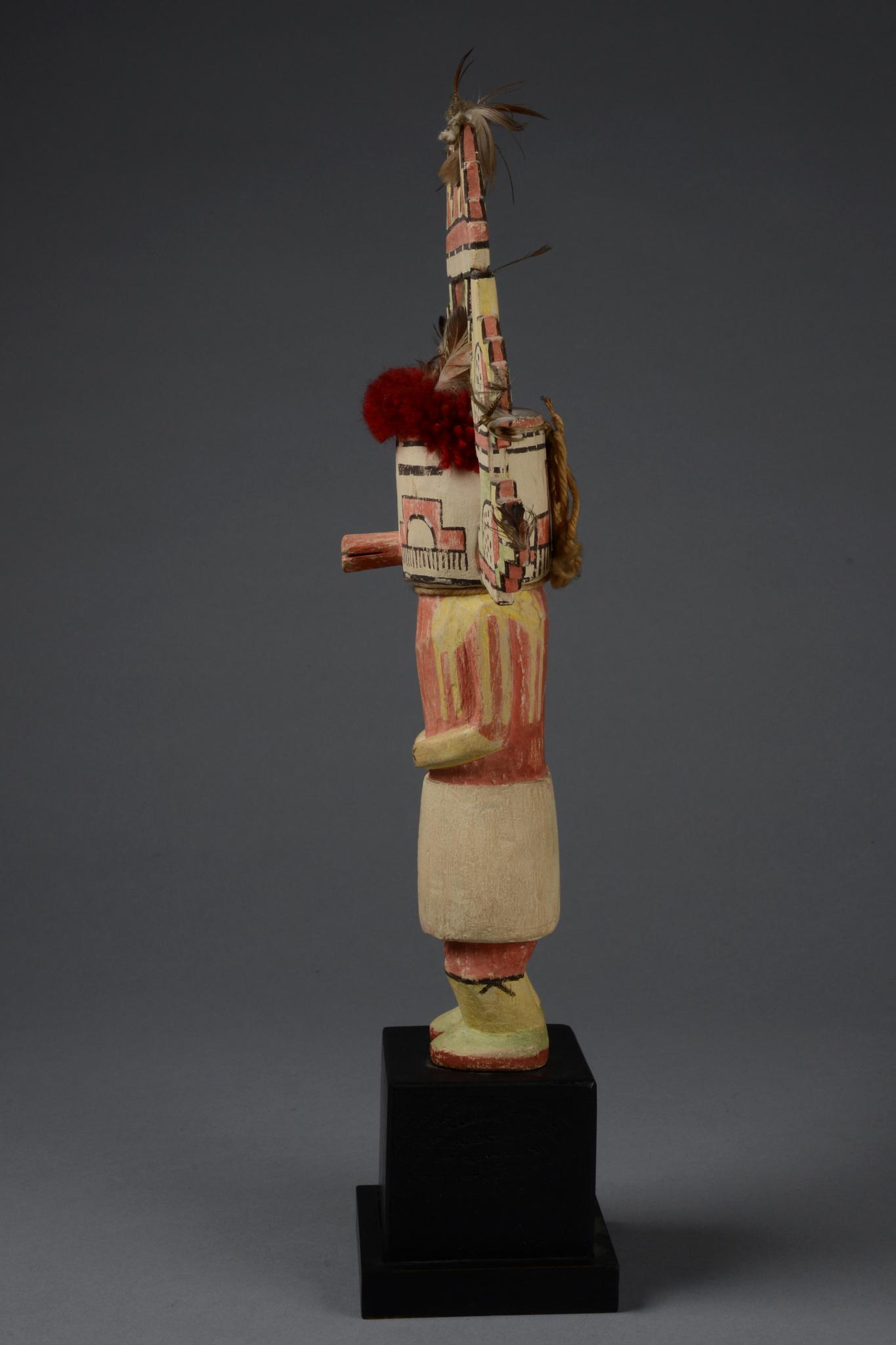"""Poupée Kachina """"Nuage de Pluie"""", environ 1930"""