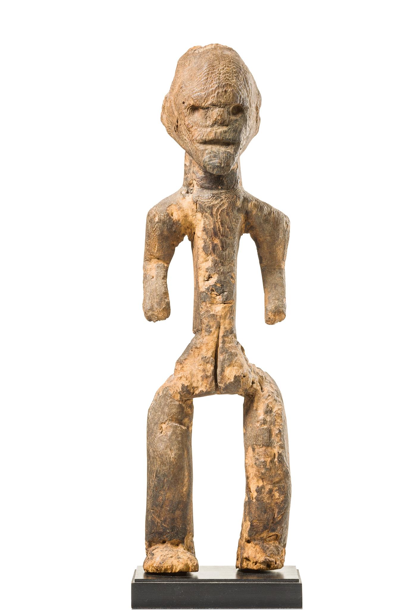 Stehende Figur