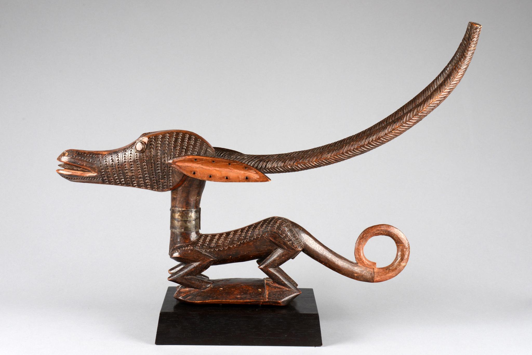 """Antelope dance crest """"tijwara"""""""