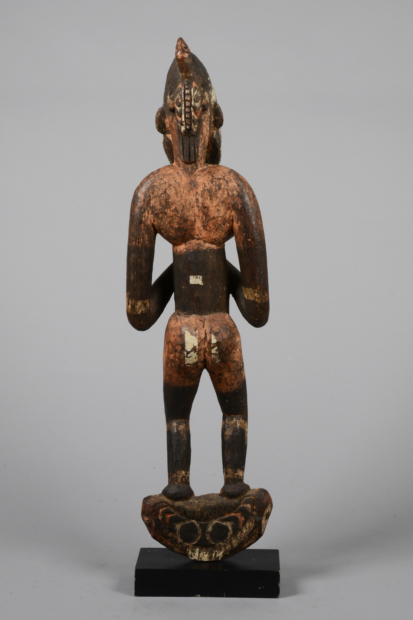 Suspension hook with male figure