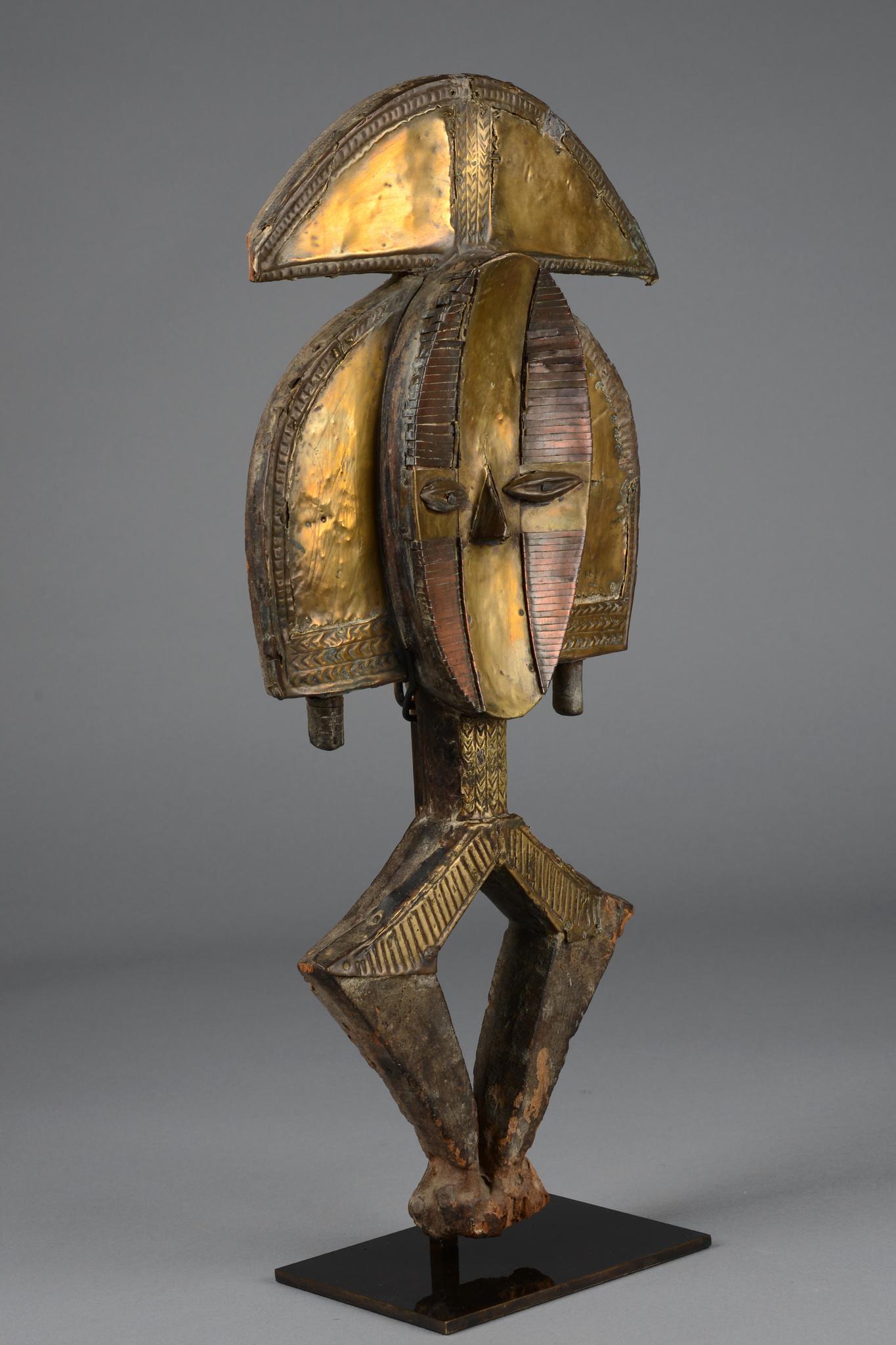 "Reliquary figure ""mbulu-ngulu"" (""spirit of a deceased"")"