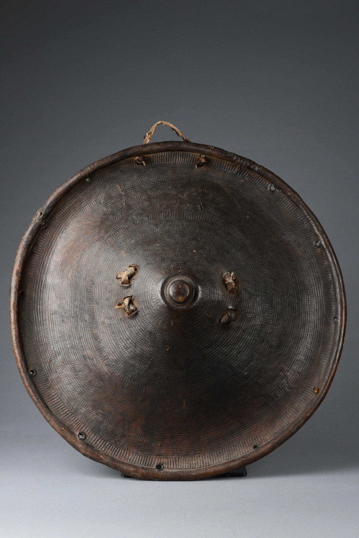 "Traditional war shield ""gasha"""