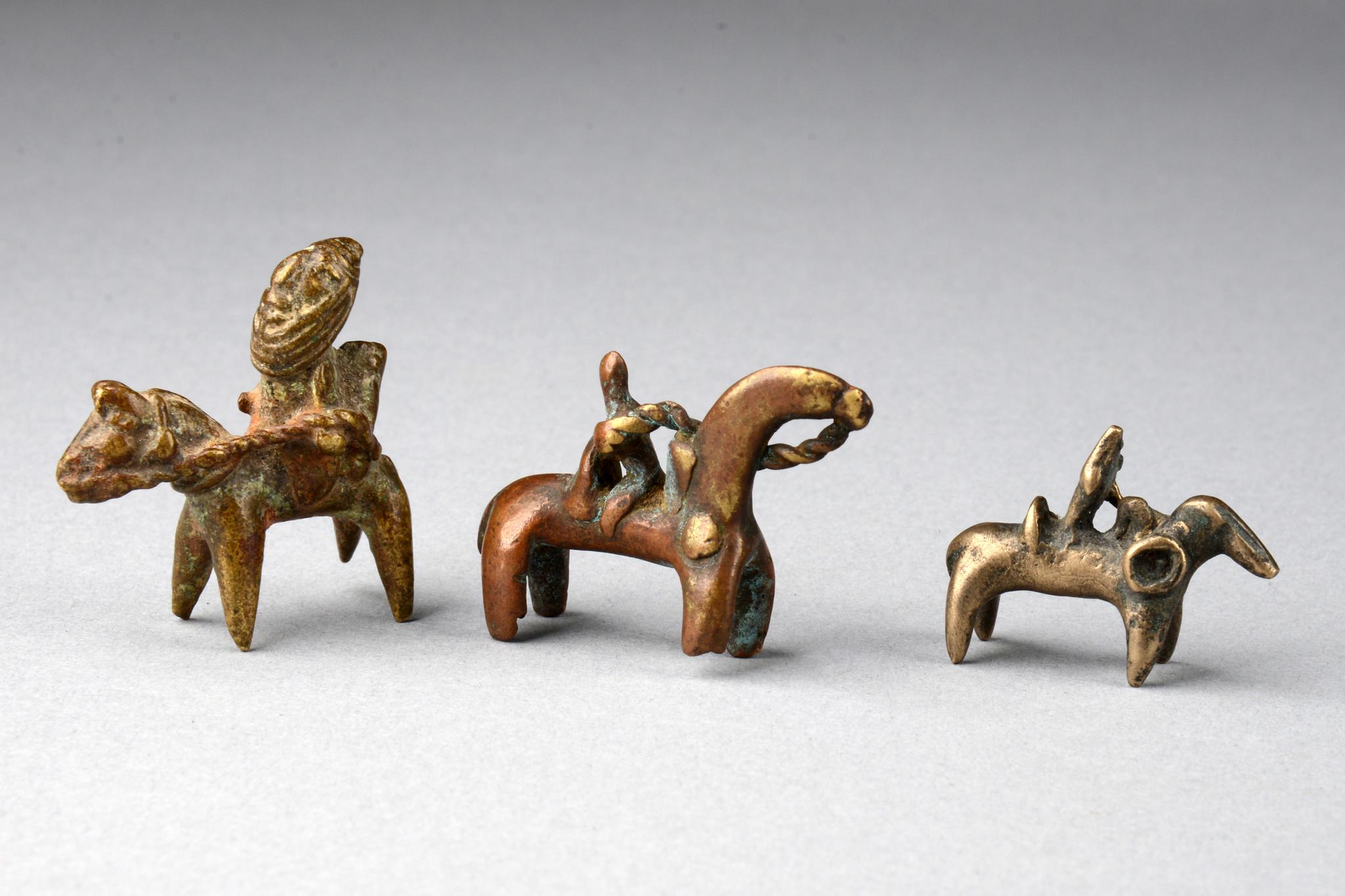 "Drei Reiterfiguren ""putchu guinadji"""