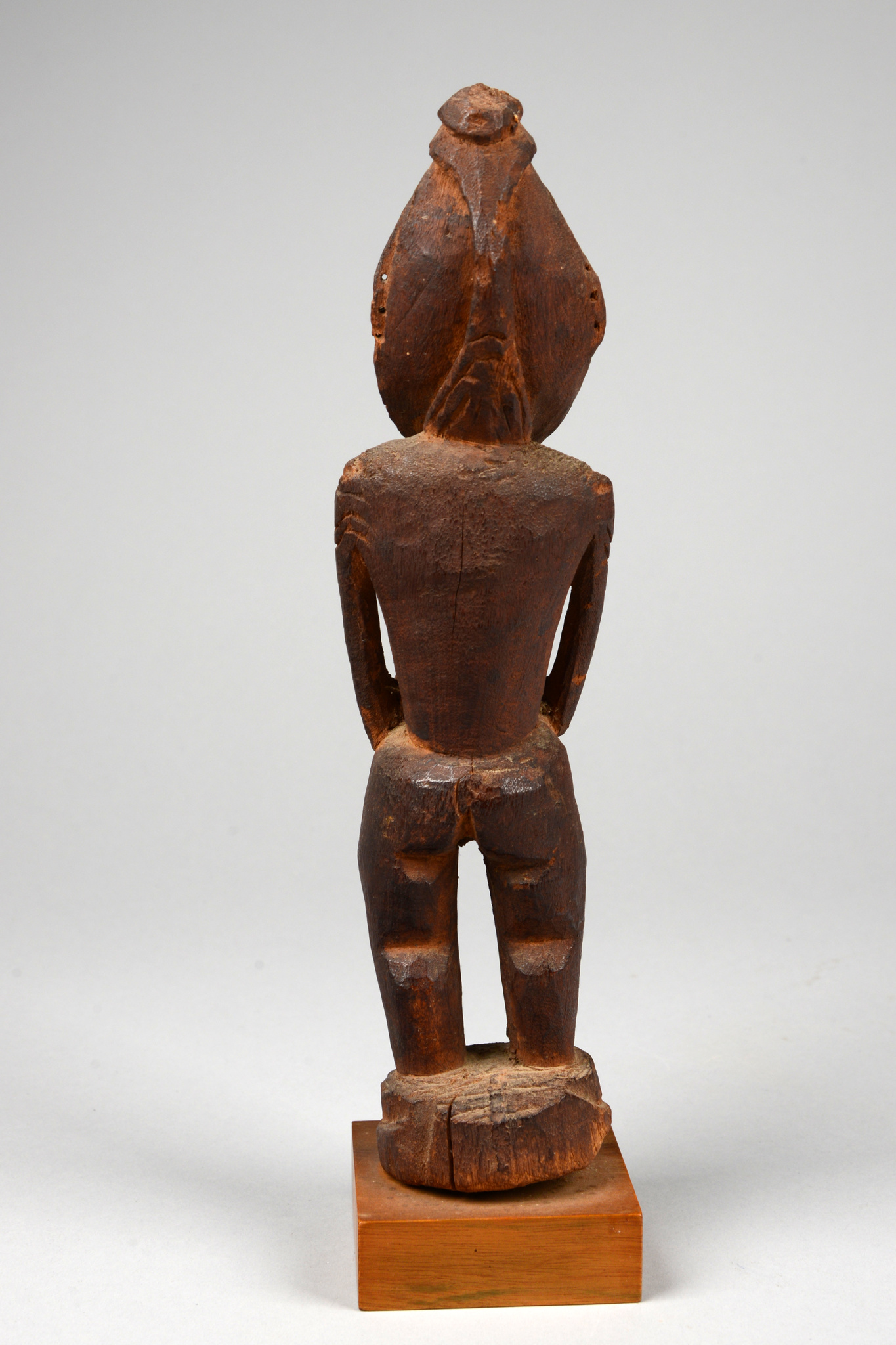 Early male ancestor spirit figure