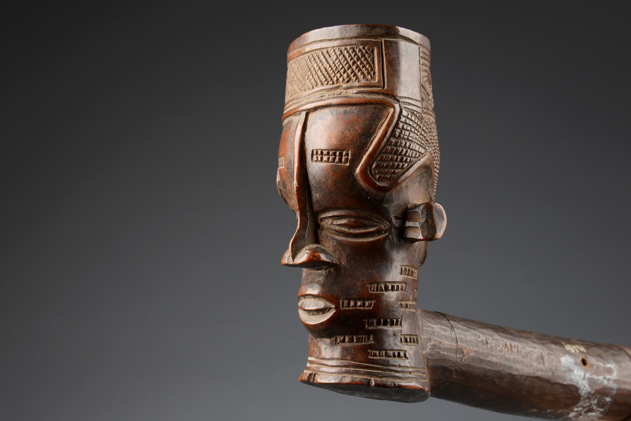 Pipe with anthropomorphic head