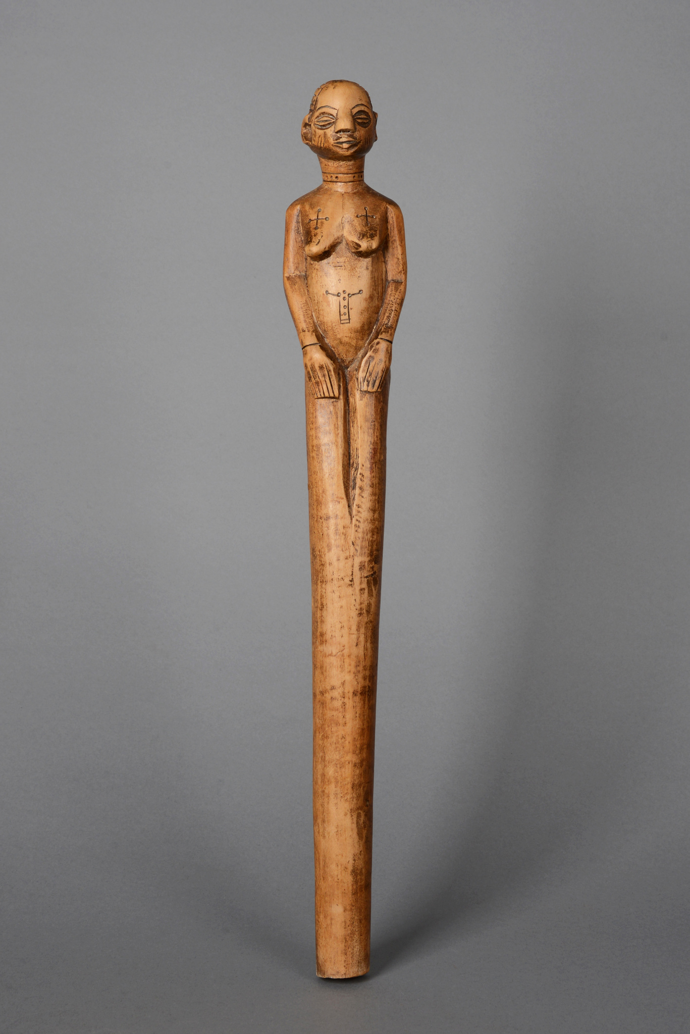 Figural beschnitzter Stab
