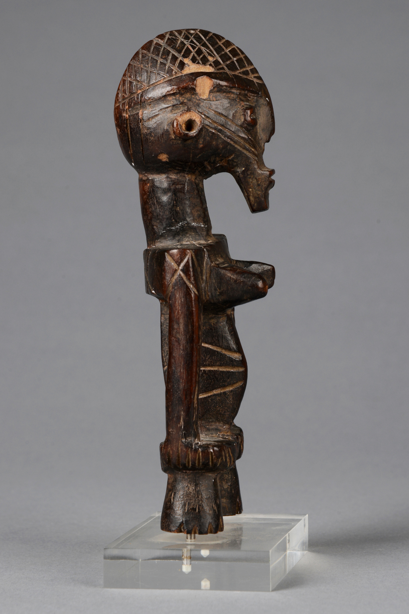 "Female figure ""tasé"""