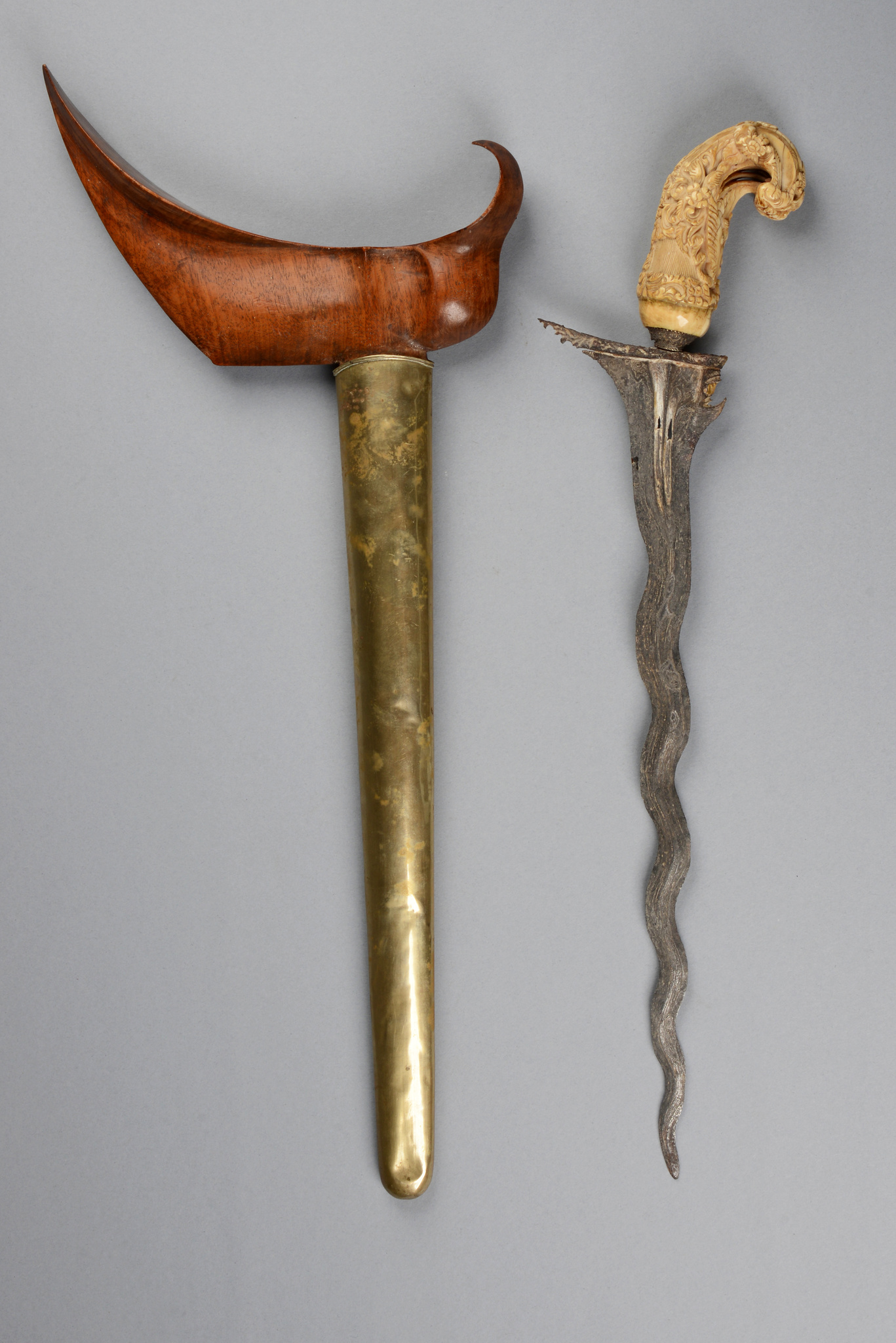 "Ceremonial dagger ""kris"" in brass scabbard"