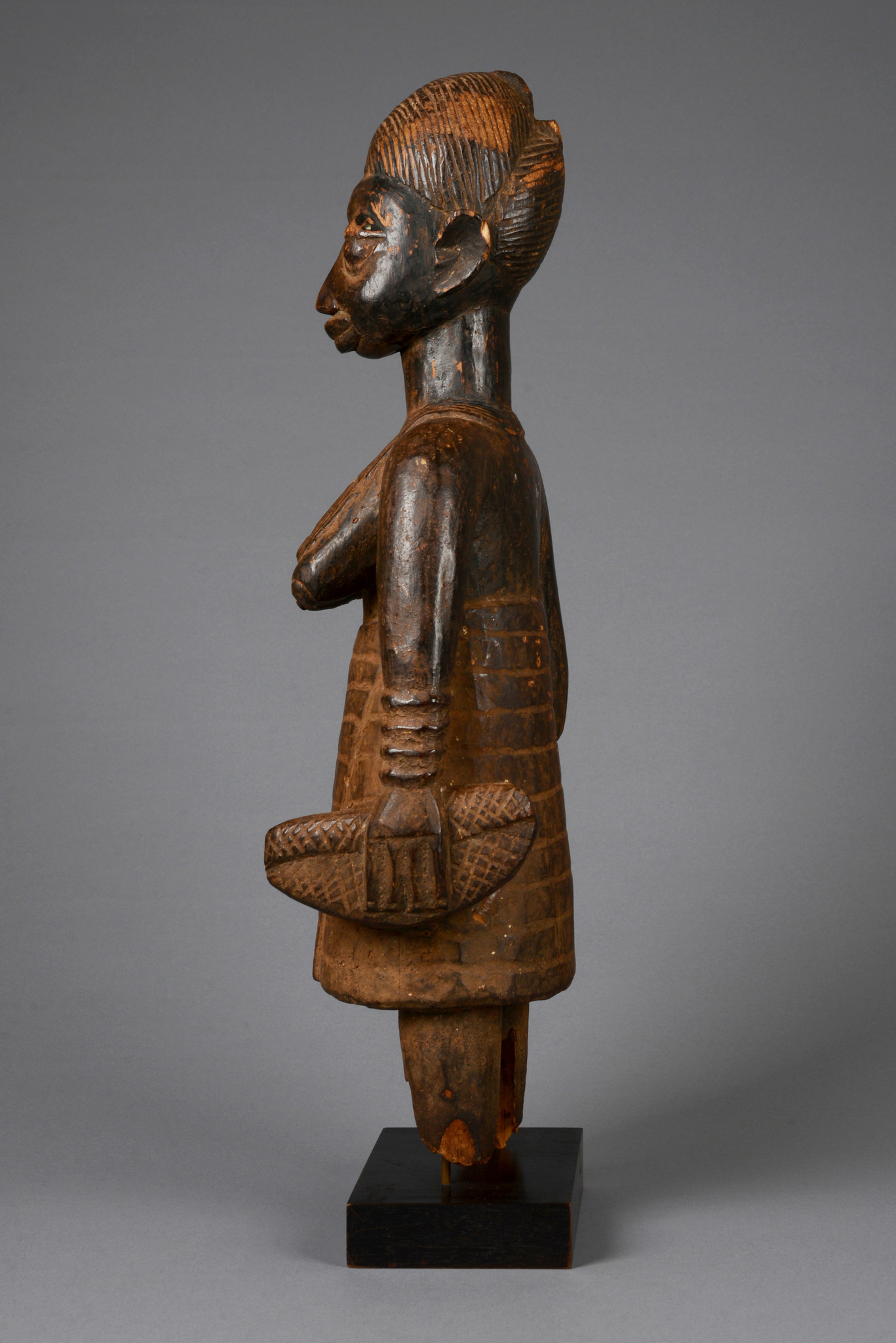 Altar figure of a female notable