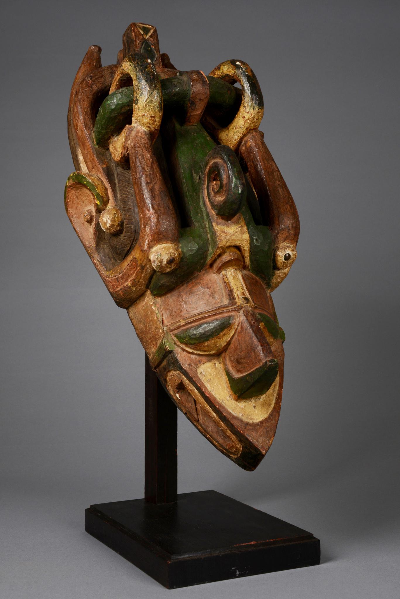 """Maske """"banda"""" oder """"kumbaruba"""""""