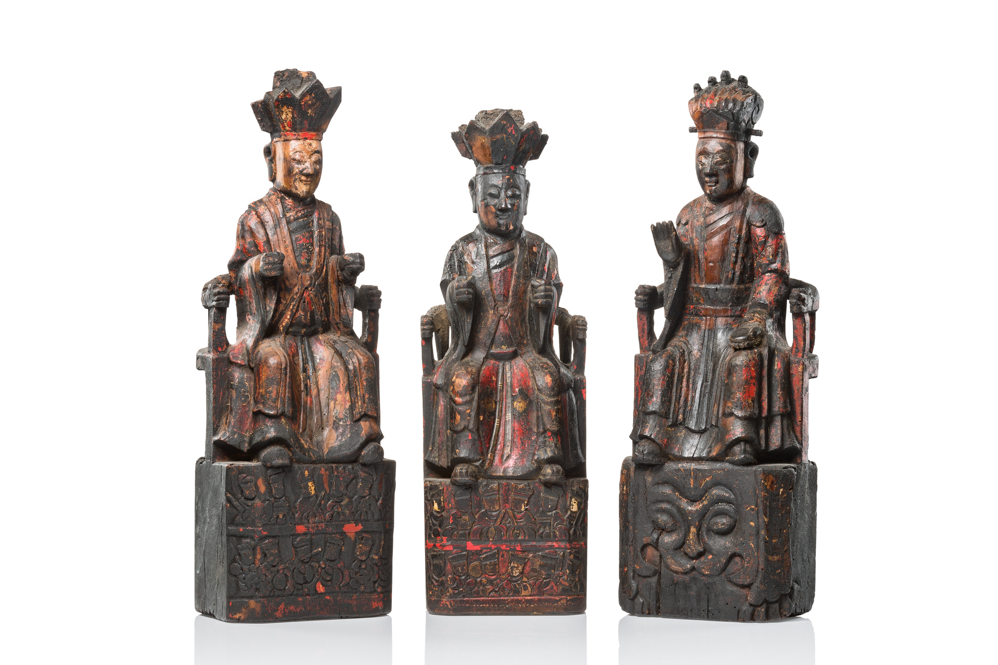Three figures of chinese court officials