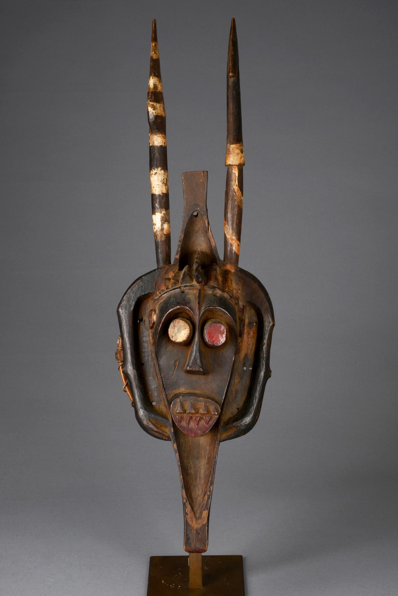 Water spirit mask